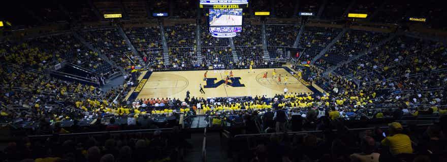 Saginaw Valley State Basketball At Michigan Basketball At