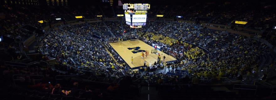 Houston Baptist Basketball At Michigan Basketball At Crisler