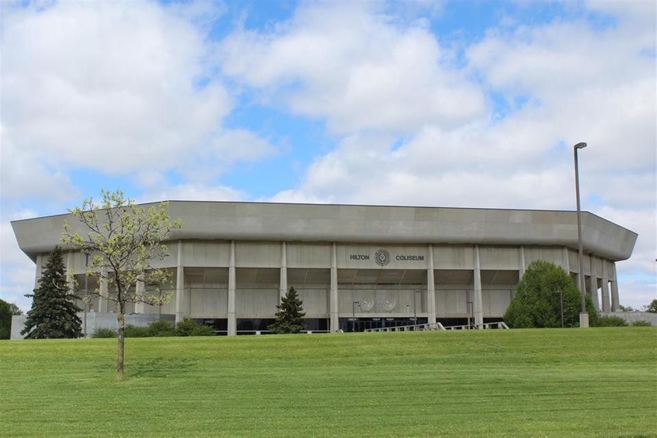 T-Wolves vs Bucks @ Hilton Coliseum Tickets