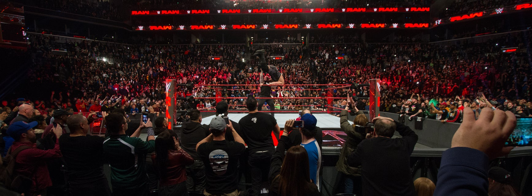 WWE: Live Holiday Tour Tickets